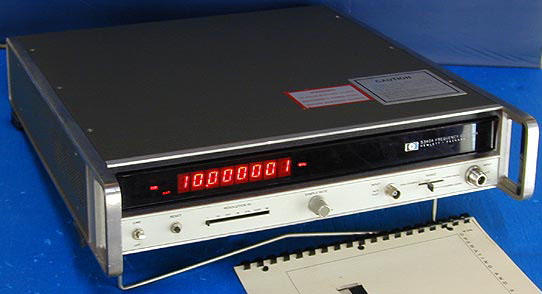 Hp Frequency Counter : Hewlett packard a microwave frequency counter