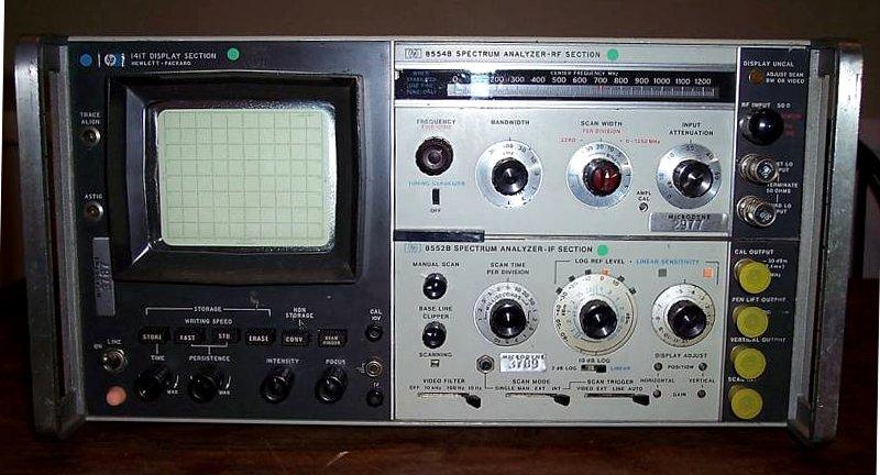 Hewlett-Packard 141T Spectrum Analyzer Mainframe