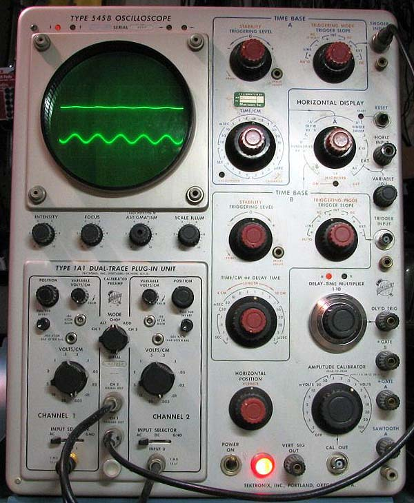 Vintage Tektronix Oscilloscopes : Tektronix older vintage oscilloscopes plug ins