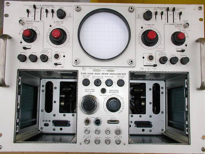 Vintage Tektronix Oscilloscopes : Tektronix r oscilloscope
